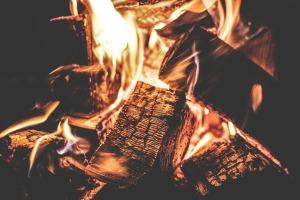 campfire-1853835_960_720
