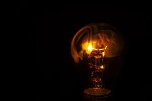 light-bulb-2440944_960_720